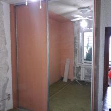 Шкаф-купе двери зеркальные в спальню