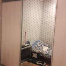 Двух сторонний шкаф купе с зеркалом