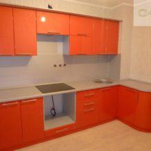 угловая кухня 9 кв м 6
