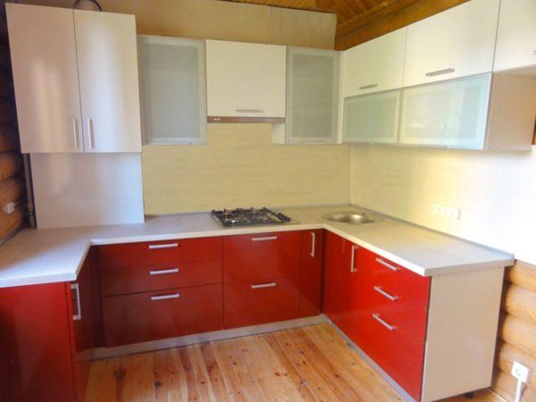 Кухня Egger глянец рубин - Вариант № 6