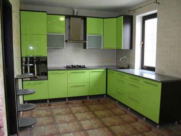 Кухня с пленкой пвх, цвет, зеленое яблоко - Вариант № 1