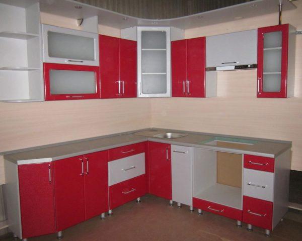 Кухня с пленкой пвх, цвет, лиловый и красный - Вариант № 11