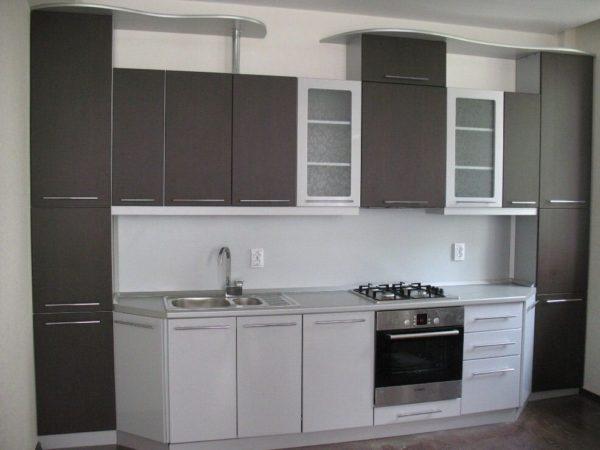 Кухня с пленкой пвх, прямая, цвет, венге и белый - Вариант № 6
