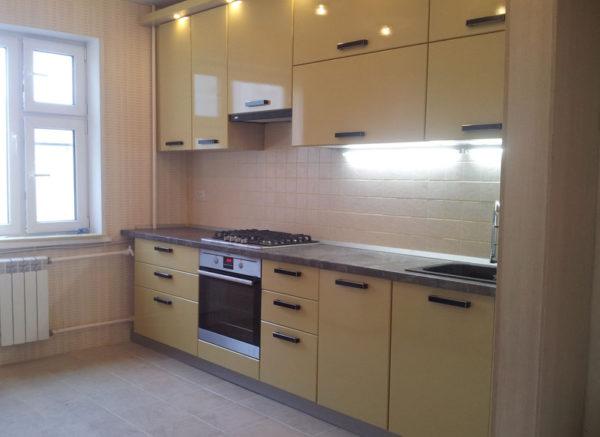 Кухня с пленки, мдф, цвет, лимон металлик - Вариант № 7