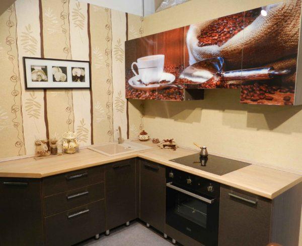 Кухня с фотопечатью, на фасаде — Вариант № 10