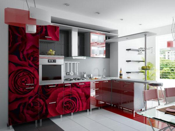 Кухня с фотопечатью, на фасаде, красная — Вариант № 16