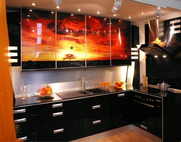 Кухня с фотопечатью, на фасаде, акрил, глянец — Вариант № 8