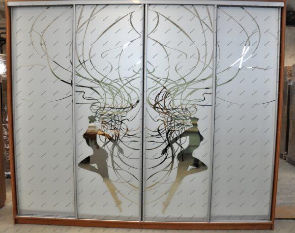 Шкаф-купе четырехдверный с Пескоструйным рисунком на зеркале - Вариант № 11