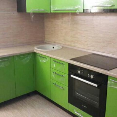 Кухня с пленкой пвх, цвет, зеленое яблоко - Вариант № 10