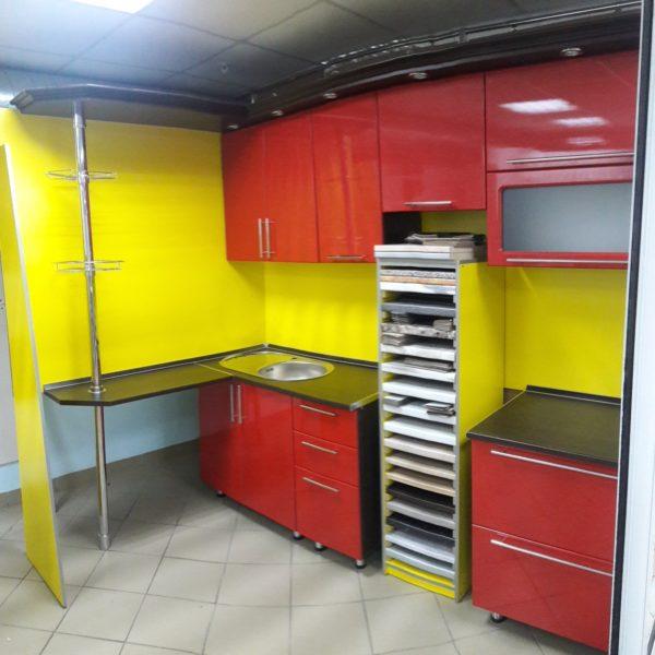 Кухонный гарнитур с фасадами МДФ пленка за 35 000 рублей