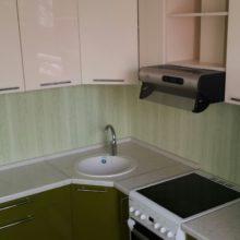 кухня угловая с вытяжкой