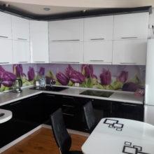 Кухонный гарнитур крашеный черный с белым