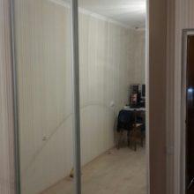 Шкаф купе с зеркалом в спальную комнату 2-х дверный