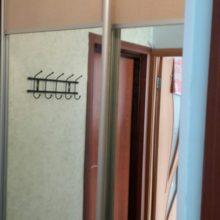Шкаф-купе из лдсп в гостиную